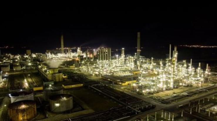 Rompetrol va construi o centrală termoelectrică la Midia, după ce fondul româno-kazah va deveni operaţional