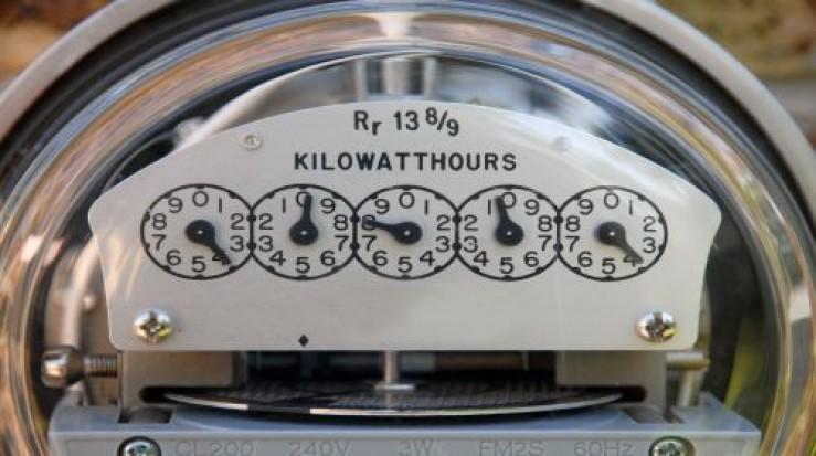 Consumul de electricitate a crescut cu 4% în 2011