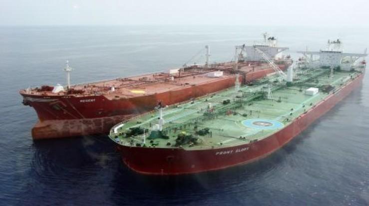 Petrolul american invadează Europa. Arabii şi ruşii scapă printre degete cea mai mare piaţă de desfacere
