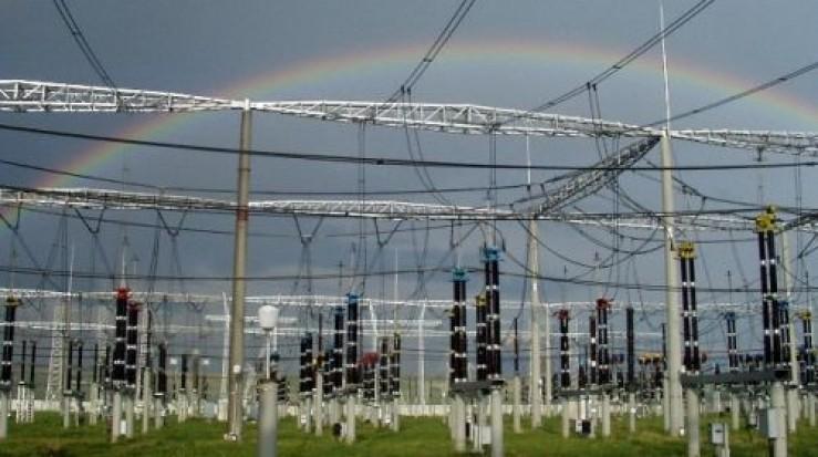 Transelectrica şi-a conservat profitul la şase luni – 98 mil. lei, pe fondul scăderii tarifului de transport al energiei