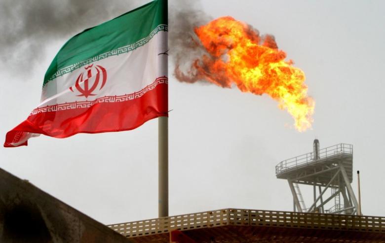 Exportul de petrol al Iranul va scădea – experţi citaţi de Reuters