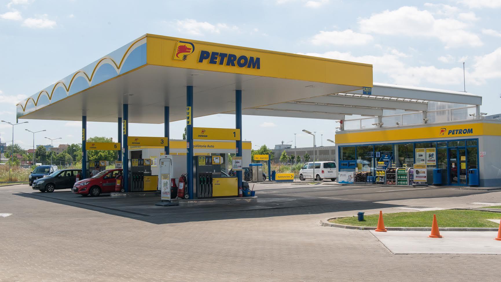 Preţul carburanţilor tot creşte: 4 bani pe litru în ultima săptămână. Care sunt cele mai ieftine benzinării Petrom din Bucureşti