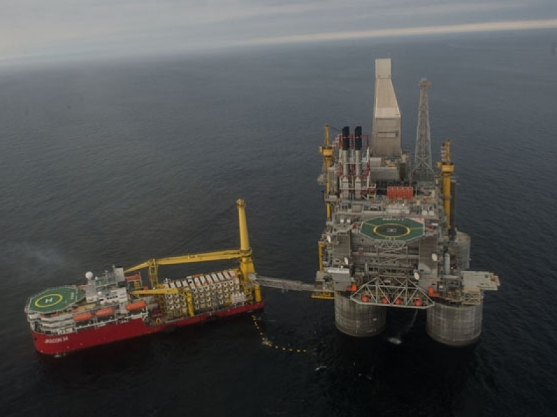 Profitul firmei ruse de stat Rosneft a crescut de şapte ori, din cauza creşterii preţului petrolului