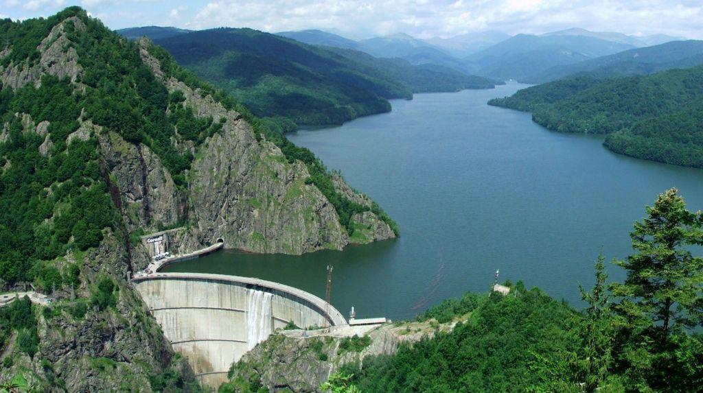 Două oferte depuse pentru retehnologizarea hidrocentralei Vidraru. Una vine de la o companie chineză