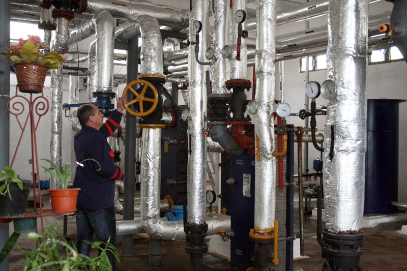 Moare termoficarea şi la Galaţi? 65% din angajaţii companiei Calorgal, disponibilizaţi. Jumătate dintre consumatori s-au debranşat în 2017