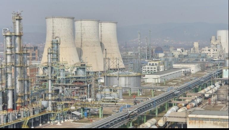 Soluţie pentru revigorarea Oltchim: gaz în loc de petrol ca materie primă