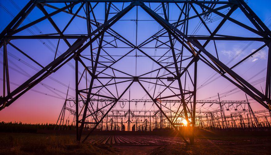 Ziua şi recordul: Preţul energiei electrice creşte la 650 lei/MWh pe piaţa spot de la Bucureşti, maximul ultimilor doi ani. Importul din Ungaria este la nivelul maxim posibil