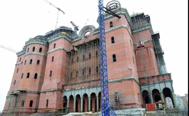 Lumina din Catedrala Mântuirii Neamului va veni de la Hidroelectrica